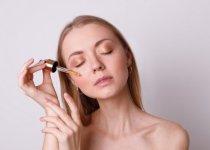 Signes de l'âge et imperfections : la routine de soins double action SkinCeuticals